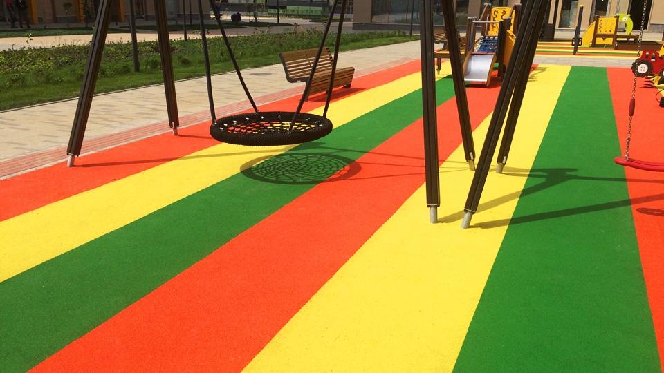 полимерное покрытие детских площадок
